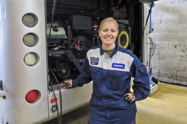 Jenter i fremskutte roller hos Volvo
