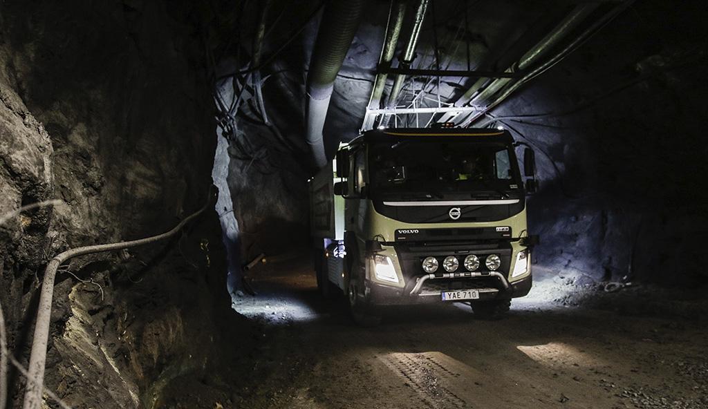 Selvkjørende Volvo FMX testes i Boliden-gruve
